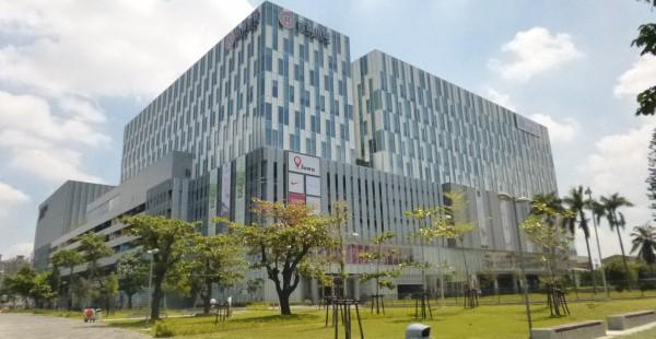 台湾ホテル事情「THE PLACE 台南」最新ショッピングモール直結の超おしゃれホテル