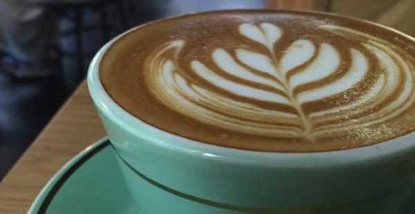 神楽坂 MOJOでフラットホワイトが飲める!ニュージーランドの人気カフェに行ってきた