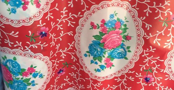 台南新化老街 日本語が話せるおばあちゃんと、大好きなレトロ花柄に出会う