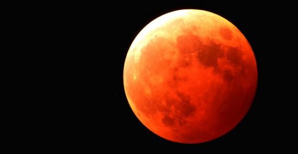いて座の満月があなたの背中を押す