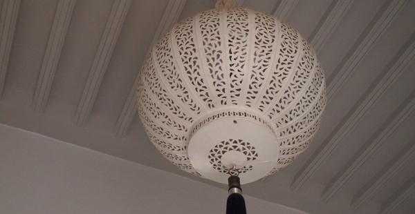モロッコ Riad chichi まるで白い宮殿!マラケシュ超絶おすすめホテルはここ!